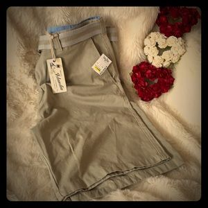 NWT. Men's shorts